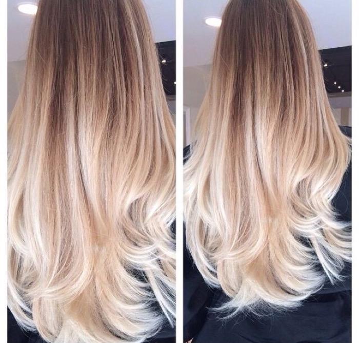 светлые волосы (блонд)
