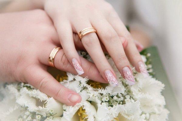 Свадебный маникюр 2018