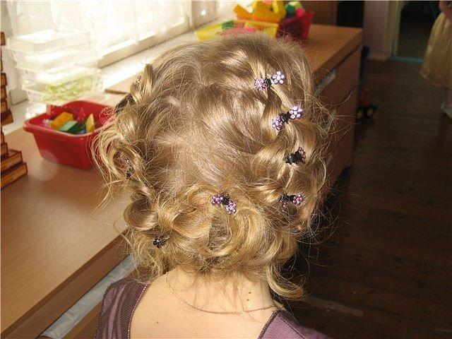 фото детских причесок для девочек на короткую длину волос 4