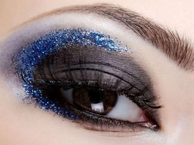 новогодний макияж с блестками 2018 пошагово 3