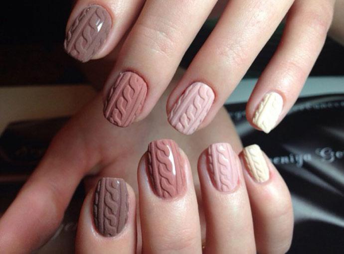 маникюр на короткие ногти в естественно светлых и бежевых тонах, фото 5