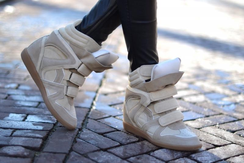 Картинки обувь сникерсы на зиму
