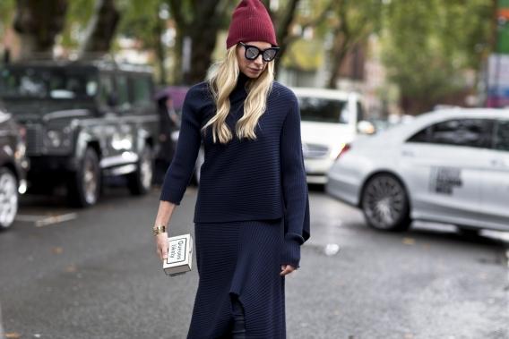 b999b8b6d5c0 Уличная мода или как ее еще называют — street fashion, в сезоне осень 2016  и зима 2017 включила в себя главные тенденции высокой моды, японского стиля  и ...