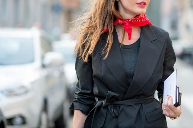 платья с шейным платком 2