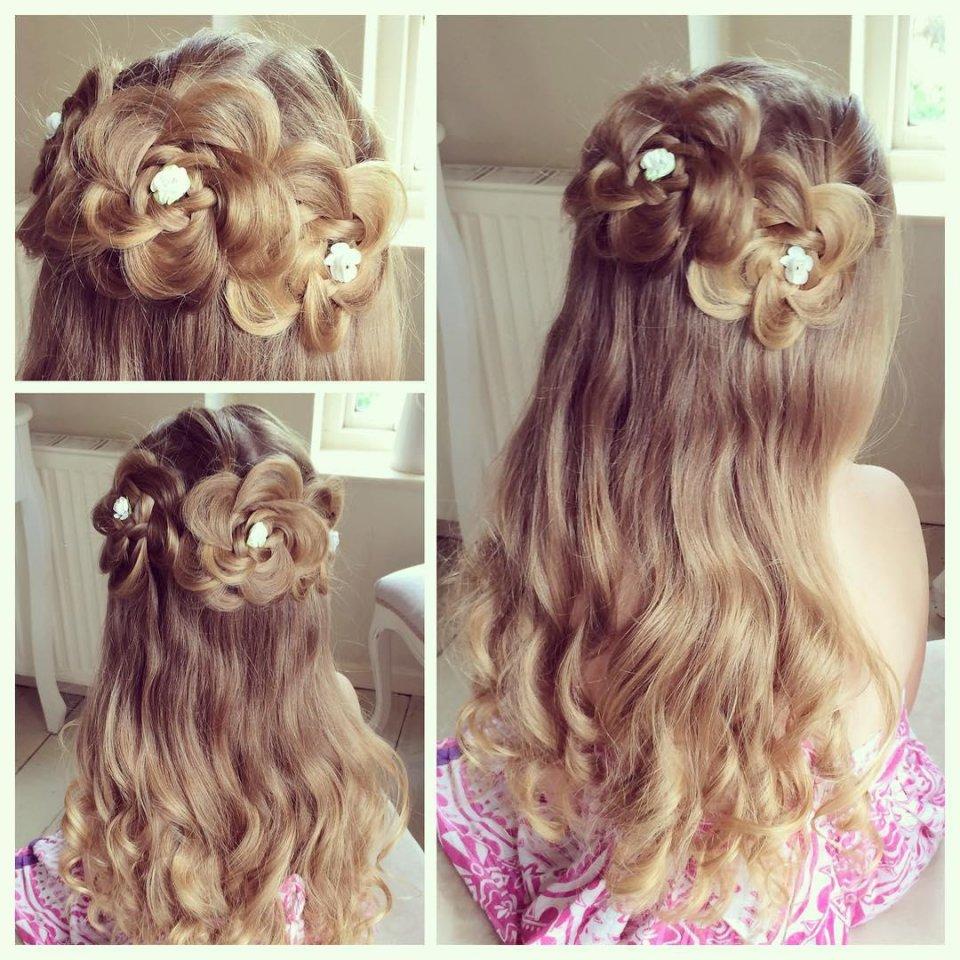 прическа цветы из волос