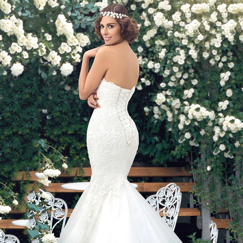 luchshie-idei-svadebnyh-plat'ev-22