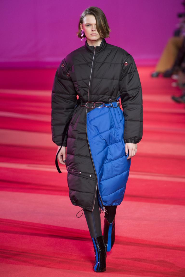modnye-trendy-zhenskih-kurtok-osen'-zima-15