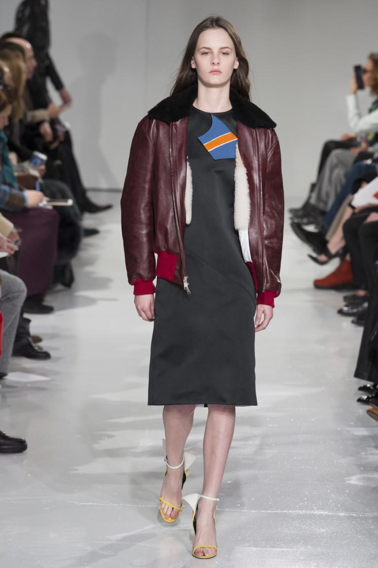 modnye-trendy-zhenskih-kurtok-osen'-zima-23