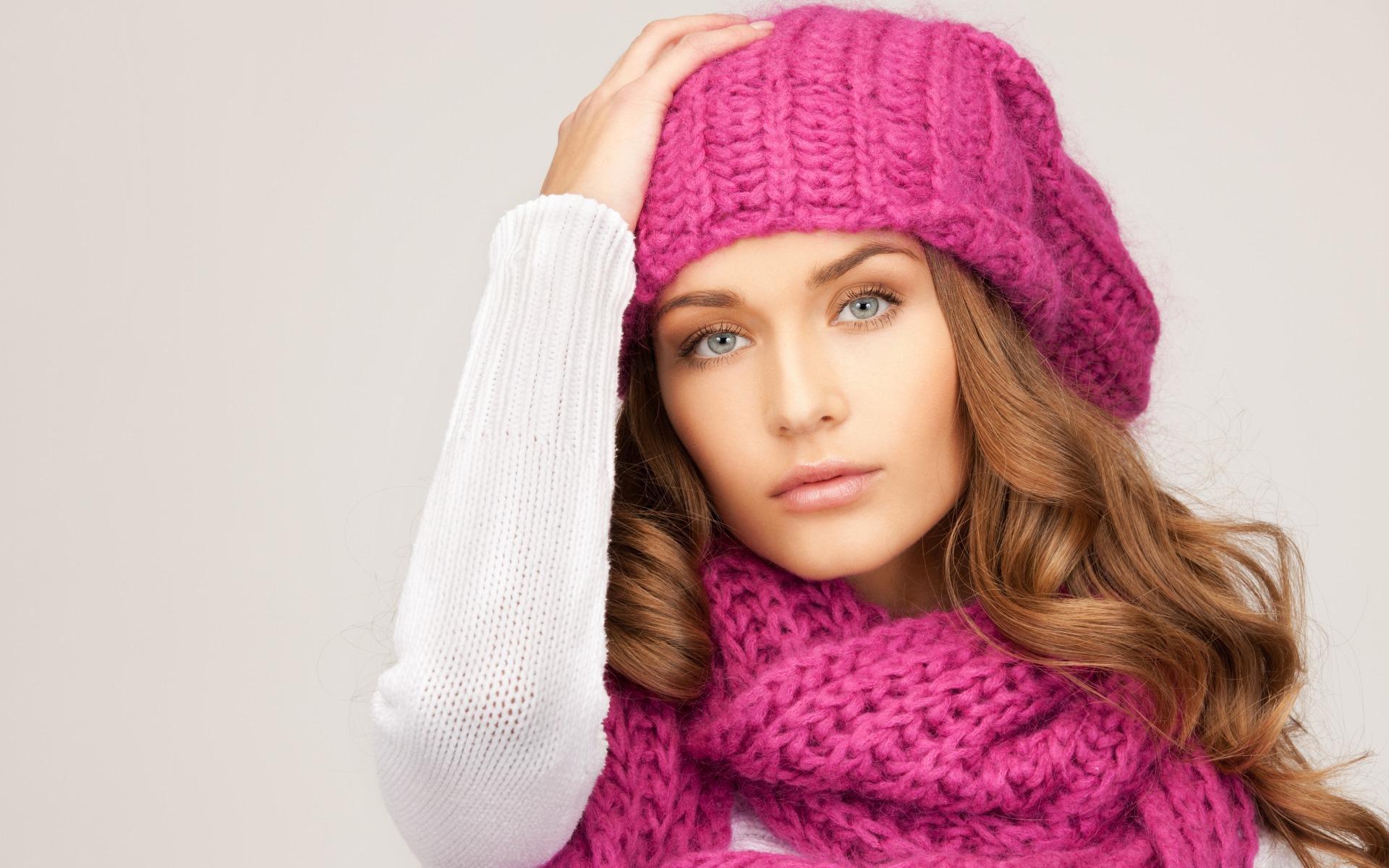 modnye-zhenskie-golovnye-ubory-osen'-zima-13