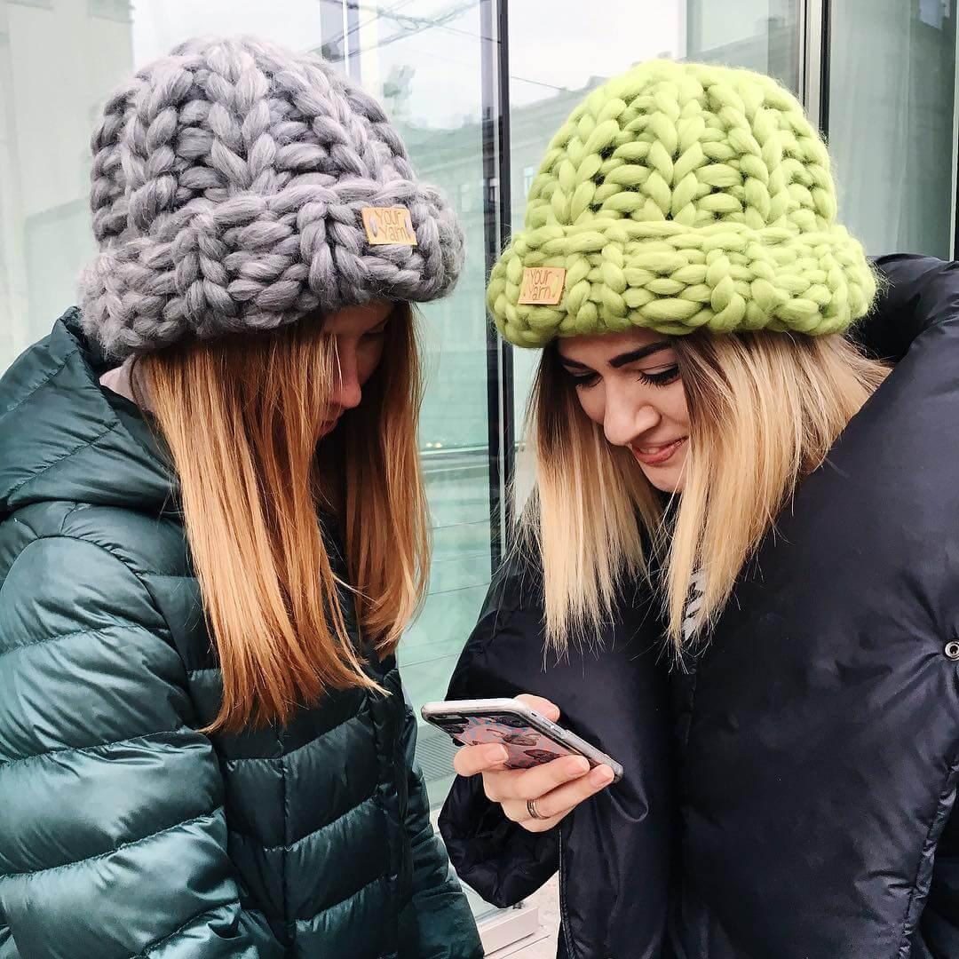 modnye-zhenskie-golovnye-ubory-osen'-zima-21