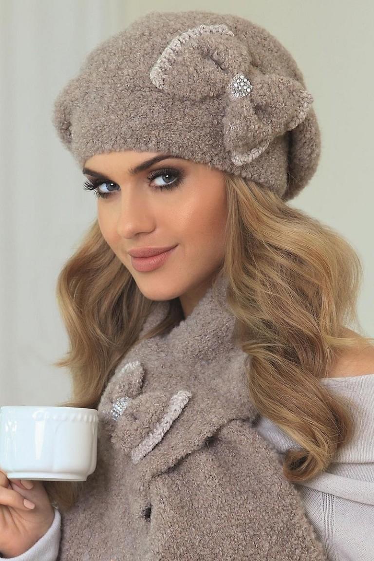 modnye-zhenskie-golovnye-ubory-osen'-zima-22