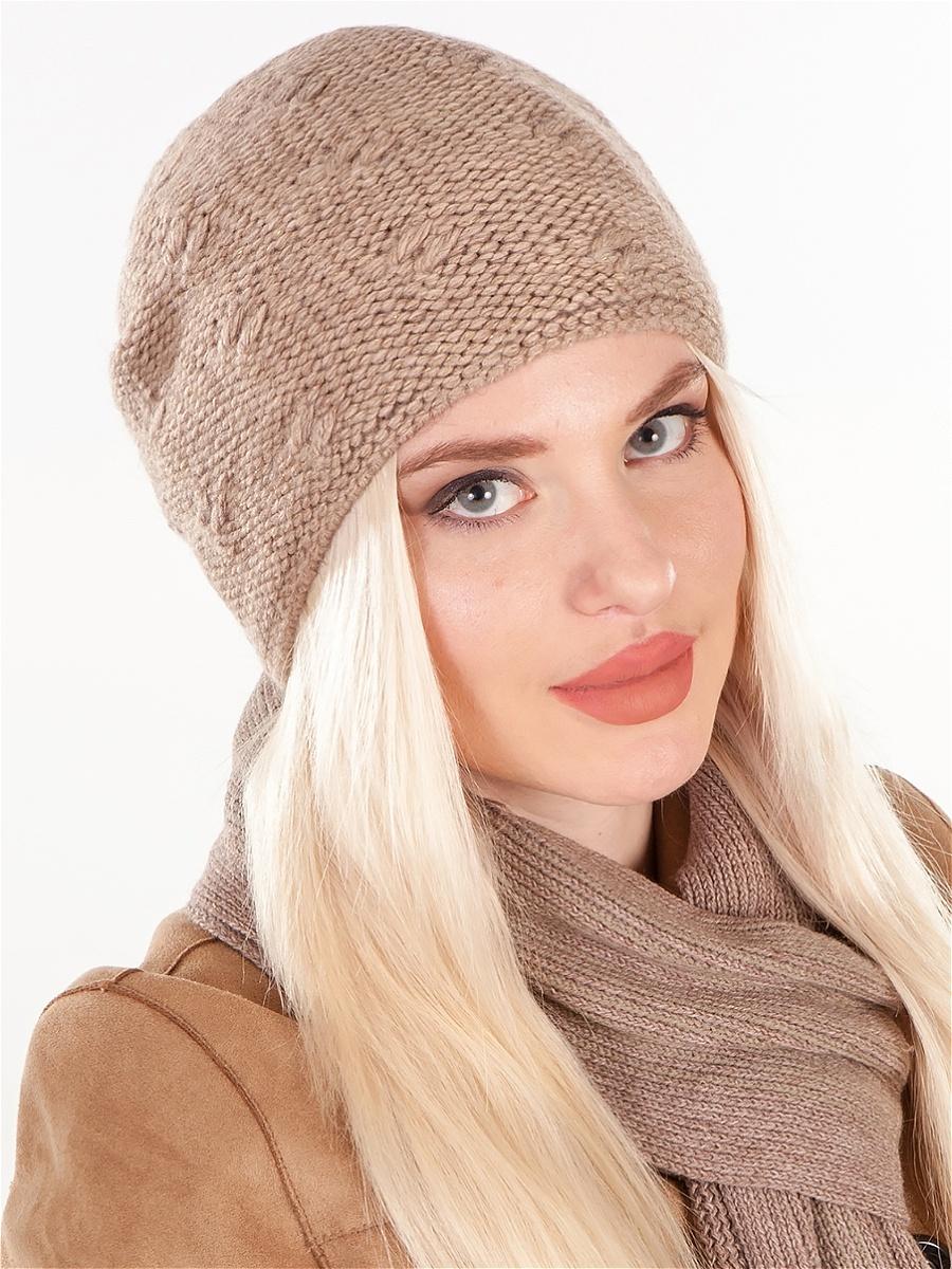 modnye-zhenskie-golovnye-ubory-osen'-zima-23