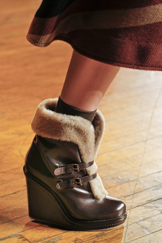 novinki-modnoj-zimnej-zhenskoj-obuvi-17