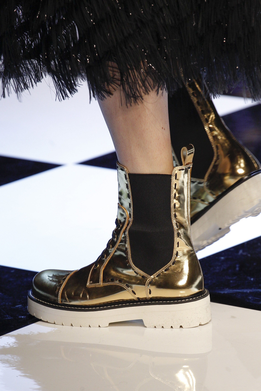 novinki-modnoj-zimnej-zhenskoj-obuvi-19