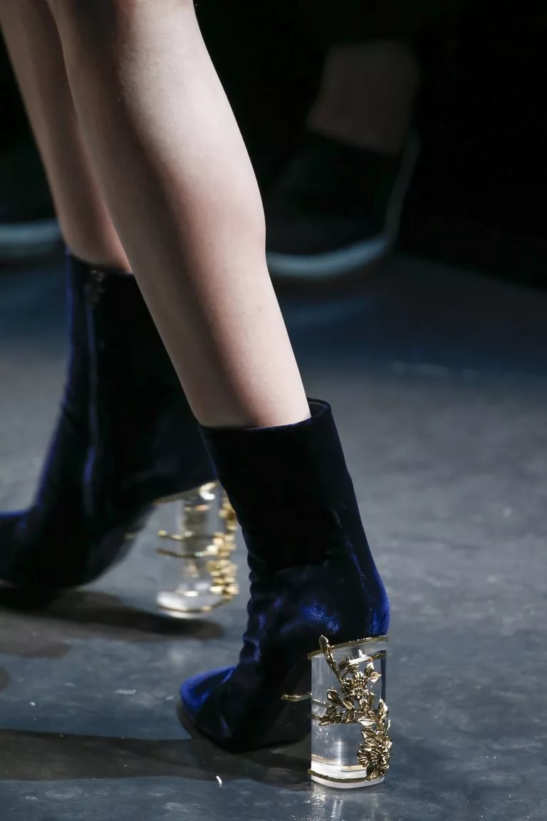 novinki-modnoj-zimnej-zhenskoj-obuvi-28