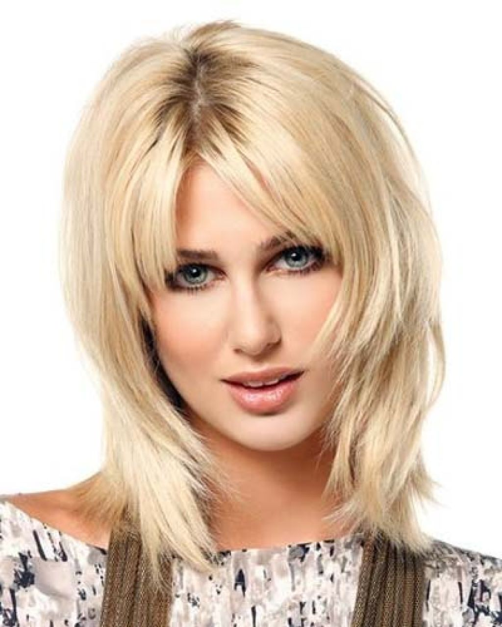 Картинки стрижка каскад на средние волосы фото