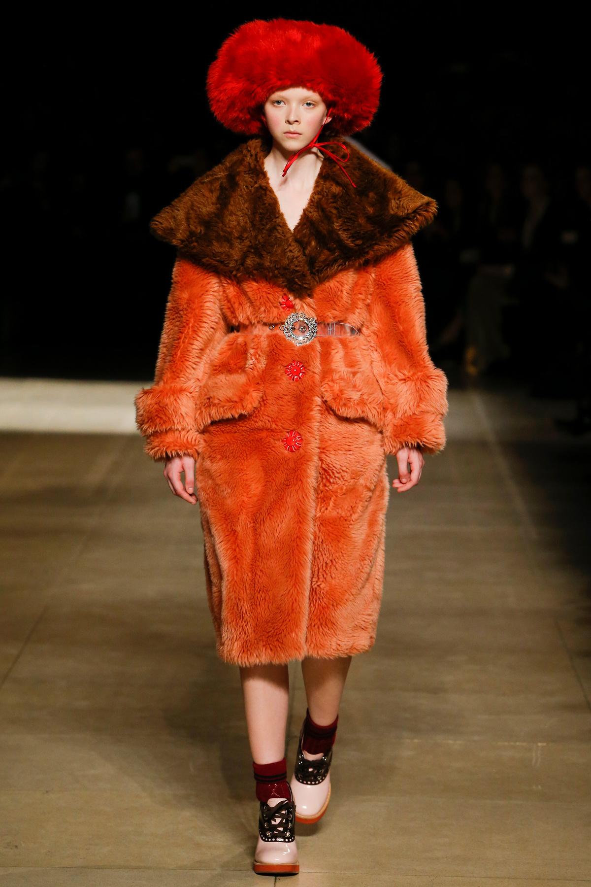 samye-krutye-modnye-tendencii-sezona-osen'-zima-32