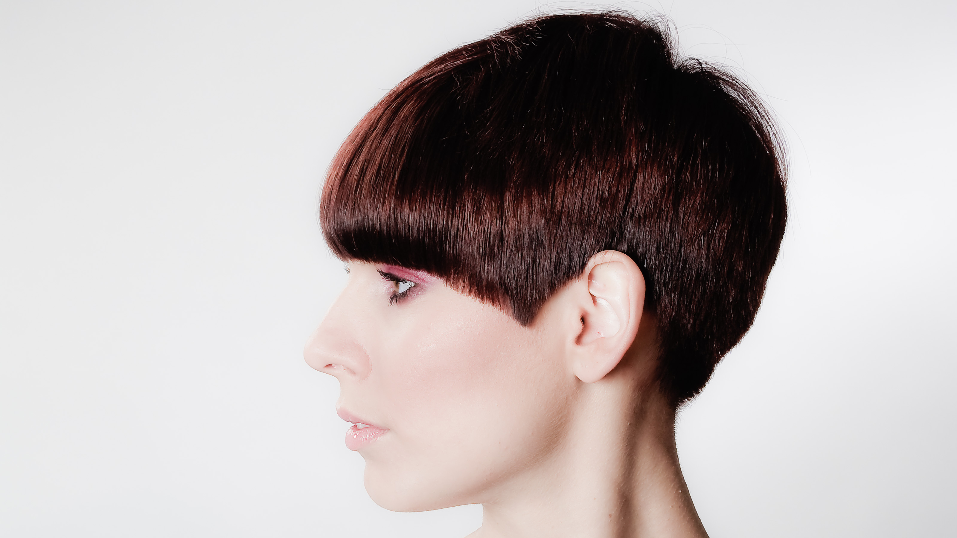 Фото женские стрижки шапочка на средние волосы 23
